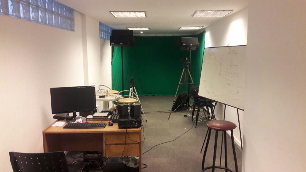 El estudio de televisión de ArInfoTV