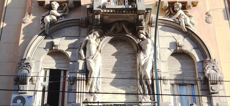 El trabajo de restauración de la Casa Calise, un baluarte del Arte Nouveau en la Ciudad