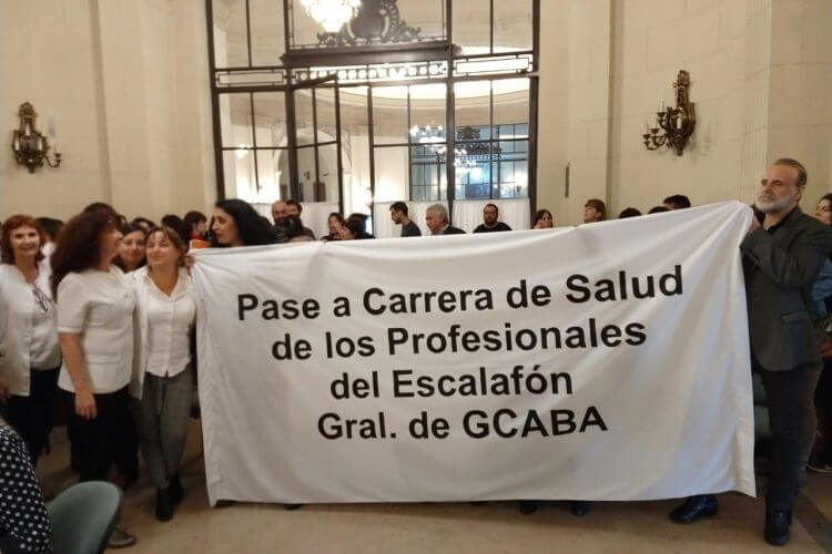 En qué se basa el reclamo de los enfermeros de los hospitales de la Ciudad de Buenos Aires