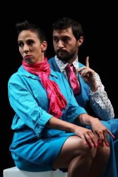 """""""Piso 35"""", una obra de teatro del absurdo sobre la des-humanización en una oficina"""