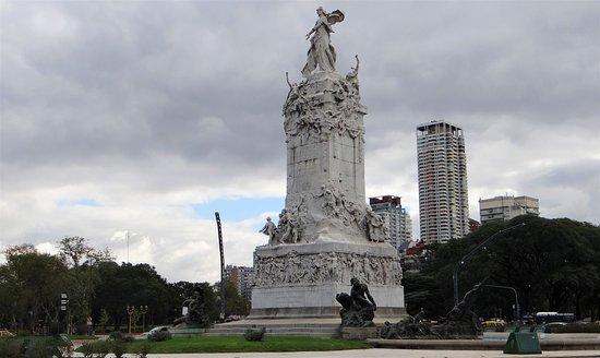 Terminaron las tareas de puesta en valor del Monumento de los Españoles